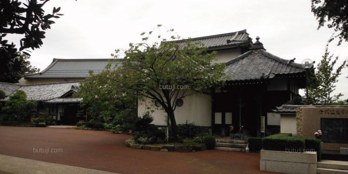 本覚寺斎場外観03